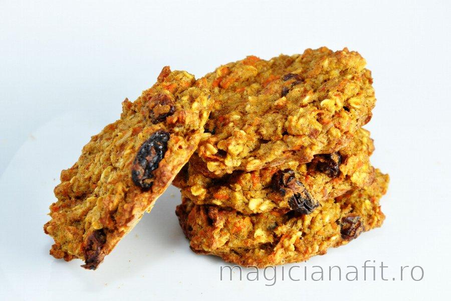 Prăjiturele dietetice sau pâine cu morcov şi măr (fără făină, zahăr şi grăsimi)