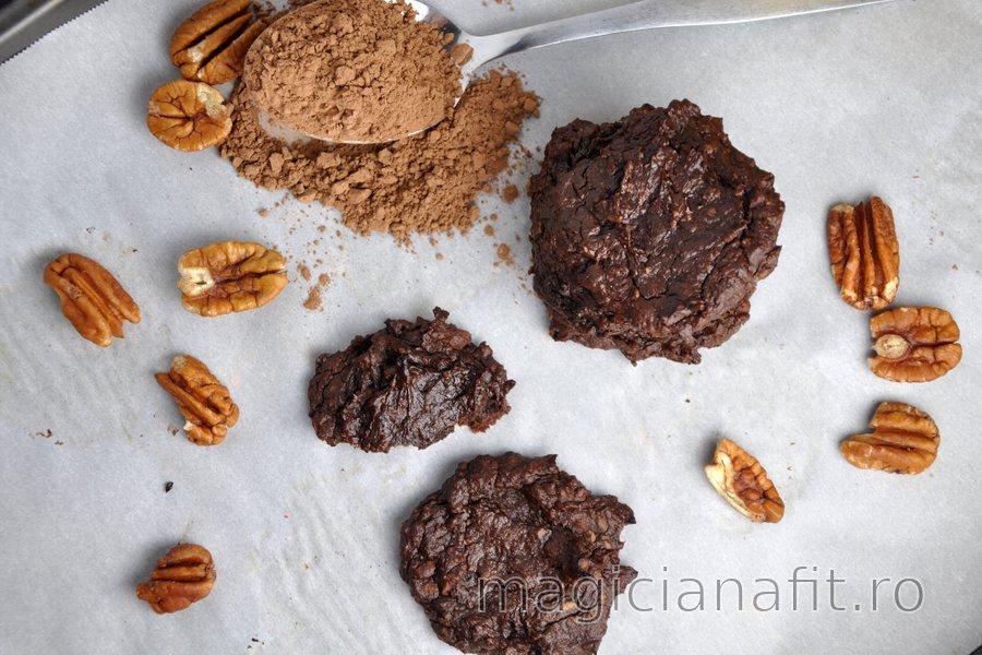 Prăjiturele cu avocado şi cacao fără făină
