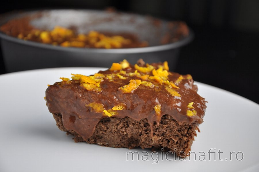 Prăjitură sănătoasă din năut cu ciocolată şi portocală