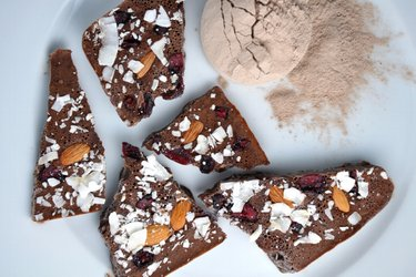 """""""Ciocolată"""" proteică fără zahăr"""