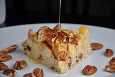 Prăjitură cu măr şi ovăz (fără făină sau gluten)
