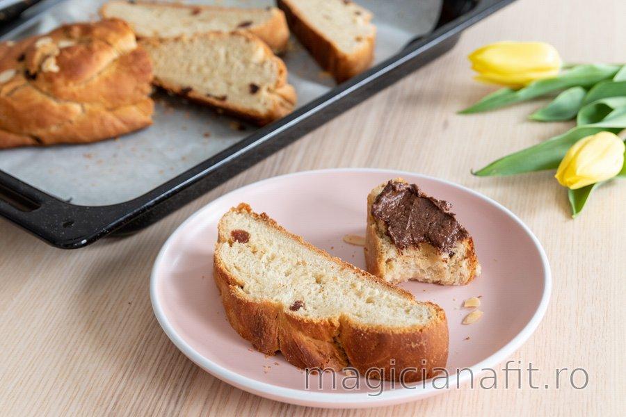Pâine împletită din grâu spelta