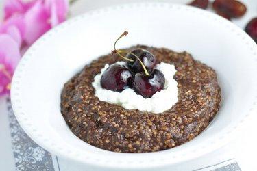 Porridge de quinoa cu cafea și cacao