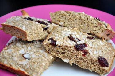 Pâiniţă dietetică cu proteine şi ovăz