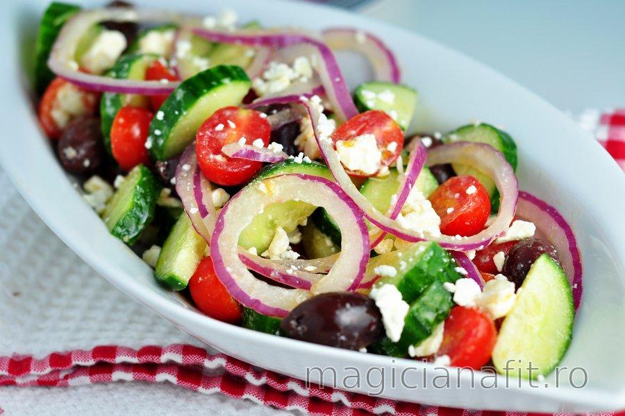 Salată grecească simplă