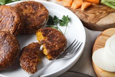 Chiftele sănătoase cu morcov la cuptor